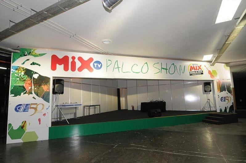 Locadora de Equipamentos Cinematográficos em Porto Alegre - Aluguel de Cenografia para Eventos Corporativos